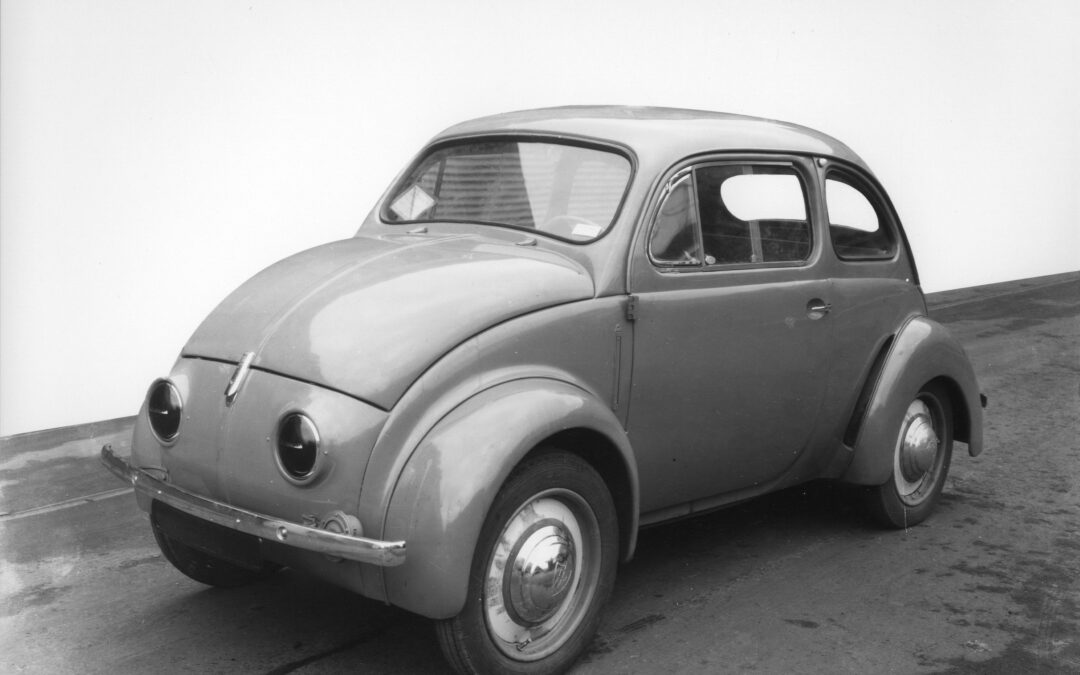 For newer members – a few facts about the evolution of the 4CV